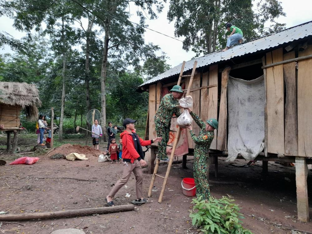 Theo dự kiến, nếu bão số 13 đổ bộ trực tiếp thì tỉnh Quảng Trị sẽ triển khai sơ tán (bao gồm di dời tại chổ và di dời tập trung) 24.827 hộ dân với 94.689 người đến các khu vực an toàn để tránh bão.
