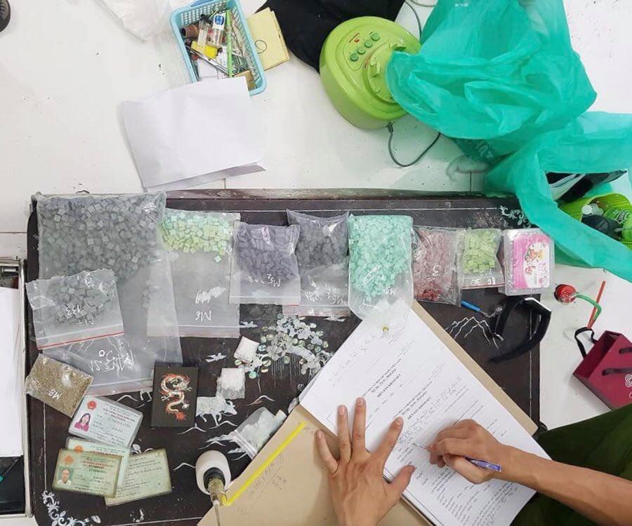 Số lượng lớn ma tuý tại xưởng sản xuất của Việt
