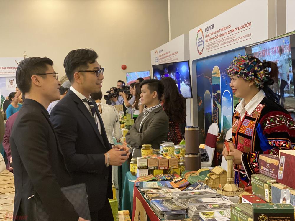 Hội nghị liên kết du lịch TPHCM và 8 tỉnh Tây Bắc mở rộng vừa diễn ra hai ngày 14-15/11 tại tỉnh Phú Thọ. Ảnh: Quốc Thái