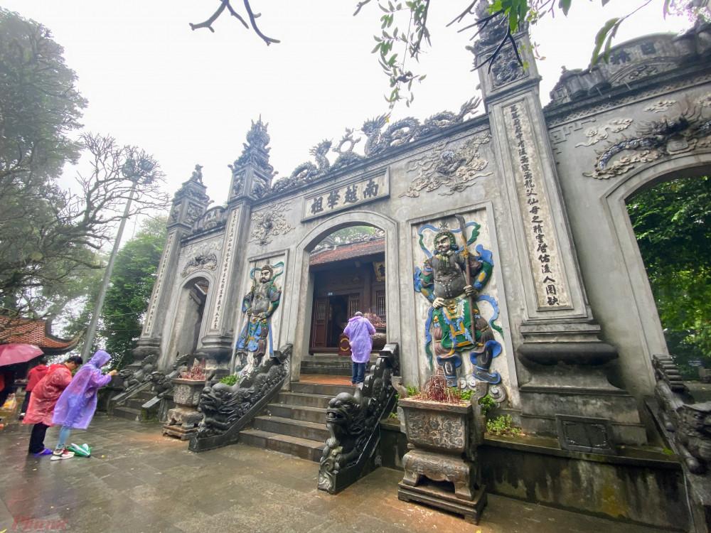 Đền Hùng (Phú Thọ) một điểm du lịch thu hút khá nhiều khách du lịch tại tỉnh này. Ảnh: Quốc Thái