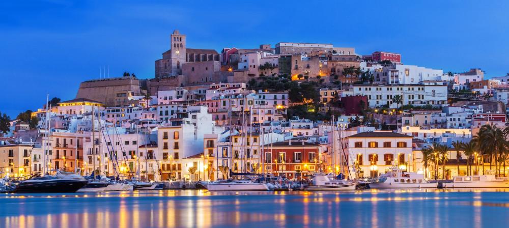 """Ibiza - Tây Ban Nha, một trong những """"thành phố du lịch không ngủ"""" nổi tiếng trên thế giới"""