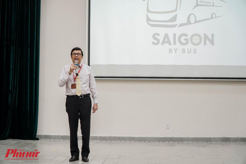 Thầy Hà Hữu Thạch - hiệu trưởng trường THPT Lê Quý Đôn đánh giá SaiGon By Bus là sân chơi bổ ích, vừa học vừa trải nghiệm giúp học sinh học bộ môn lịch sử một cách nhẹ nhàng, có chiều sâu.