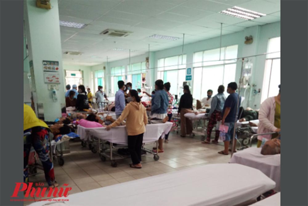 Phòng cấp cứu của Bệnh viện nhân dân 115 vào ngày 18/4/2020, theo chị B. là vẫn còn có giường trống, chứng tỏ không đông như bình thường