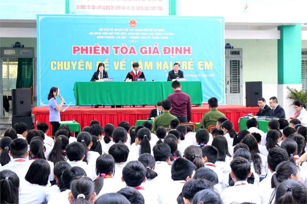 Phiên tòa giả định - một trong những mô hình truyền thông hiệu quả của Hội Bảo vệ quyền trẻ em TP.HCM