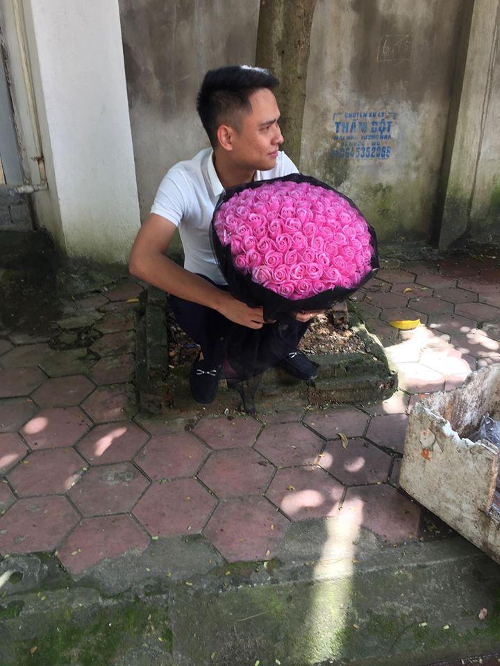 Phụ nữ có bao giờ chịu khổ sở vì hoa quà cho đàn ông chưa?