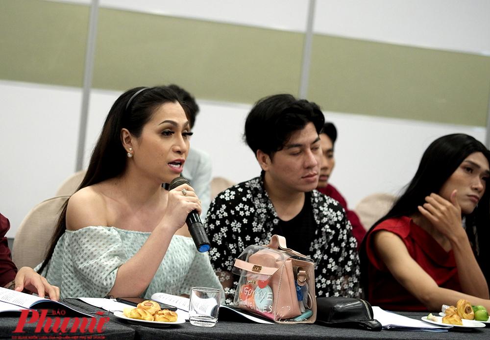 Người chuyển giới tham gia góp ý kiến vào dự thảo Luật chuyển đổi giới tính