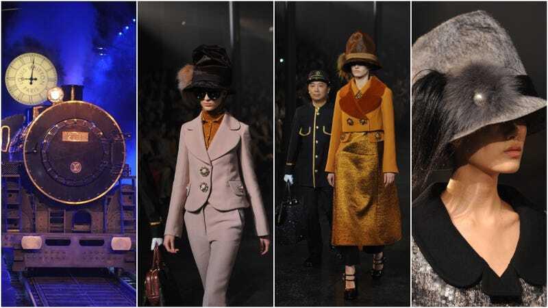 Marc Jacobs đã đặt một đoàn tàu hơi nước đang hoạt động ở giữa đường băng và để các người mẫu hộ tống nó trong sự kiện Louis Vuitton ready-to wear Fall / Winter 2012