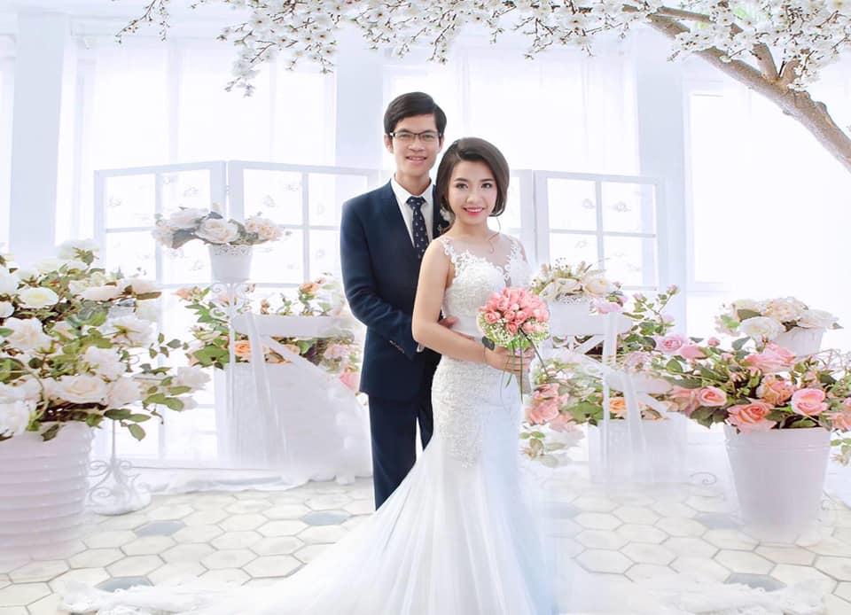 Tình yêu 6 năm của Thục và Thảo đã có một cái kết hạnh phúc. Ảnh: BV Thẩm mỹ Hàn Quốc JW