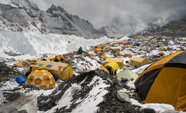 Khu vực trại tập trung ở sườn núi là nơi có mức ô nhiễm vi nhựa nhiều nhất.