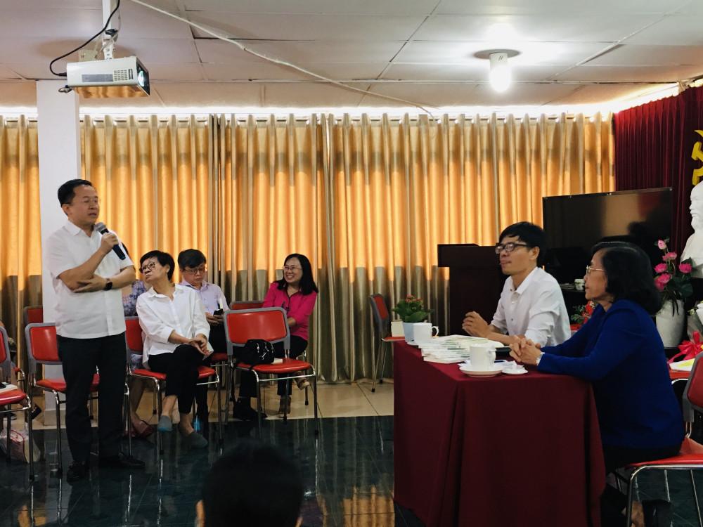 Ông Từ Lương, Phó Giám đốc Sở Thông tin và Truyền thông TPHCM dành nhiều lời tâm đắc cho tác phẩm