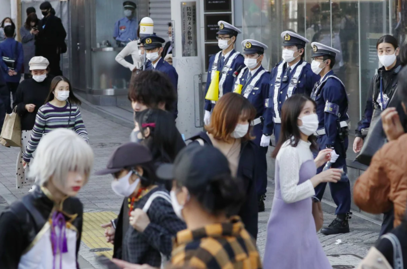 Cảnh sát Nhật Bản đang phải đối mặt với loại tội phạm mới: Tội phạm tình dục qua mạng