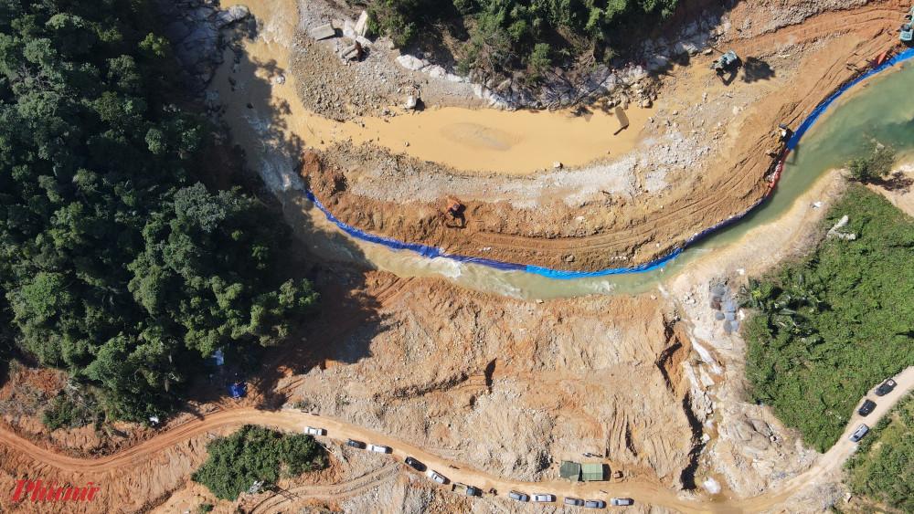 Khu vực thi thể một nạn nhân ở thủy điện Rào Trăng  được tìm thấy chiều nay 22/11