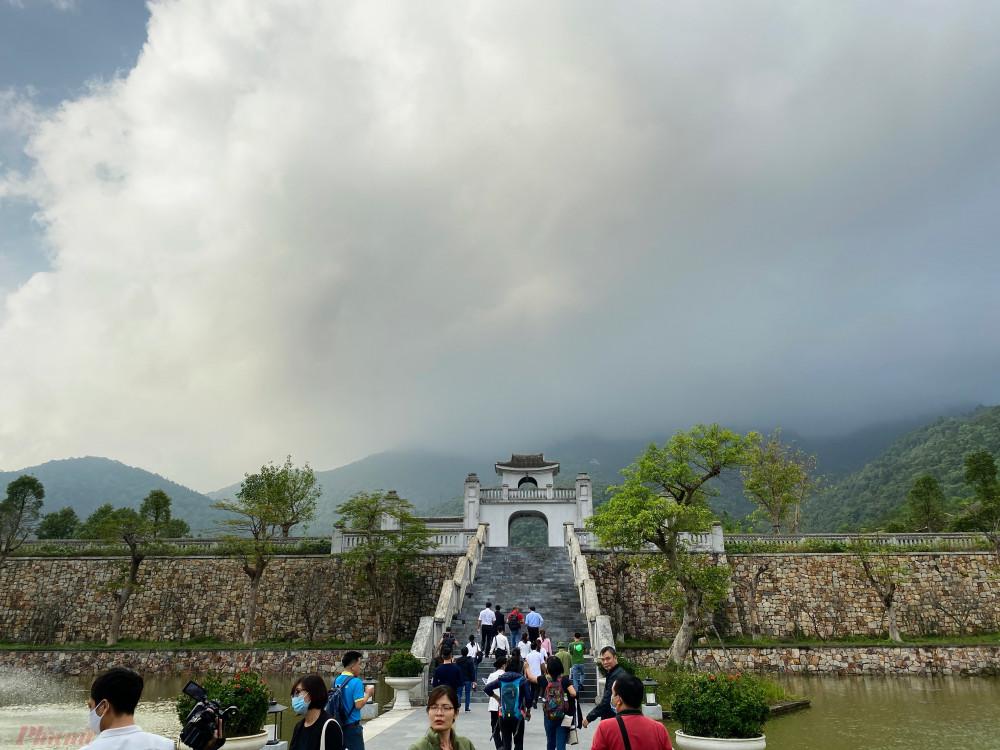 Khu di tích Yên Tử địa điểm tham quan được nhiều đơn vị tour, khách hàng lựa chọn khi đến tỉnh Quảng Ninh