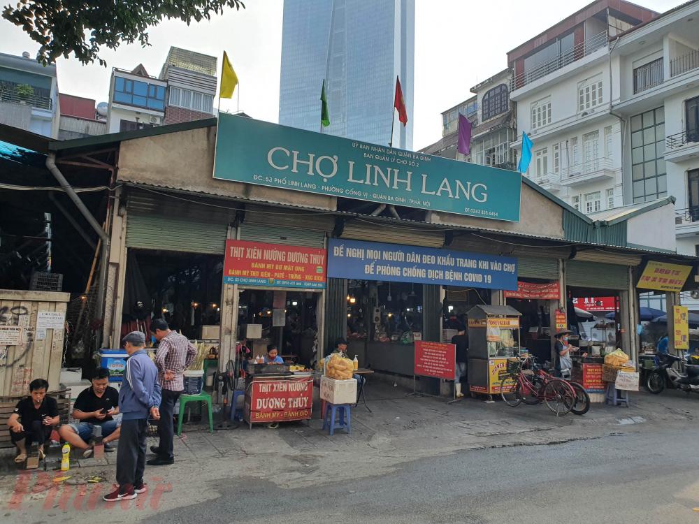 Tương tự tại chợ Linh Lang (Phường Cống Vị, Ba Đình, Hà Nội),