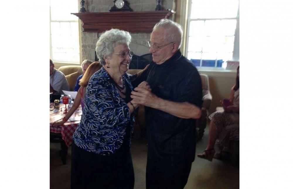 Ông bà Carmen và Mary sống với nhau trọn đời hạnh phúc - Ảnh: Gia đình Siciliano