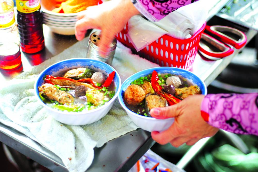 Món ăn vặt quen thuộc của người Việt từ nhiều năm qua