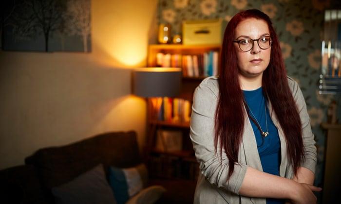Gemma Aitchison thành lập tổ chức xã hội YES Matters UK – như một nỗ lực đấu tranh trước vấn nạn giết hại phụ nữ, sau khi em gái cô Sasha Marsden bị thảm sát năm 2013. (Ảnh: The Observer)