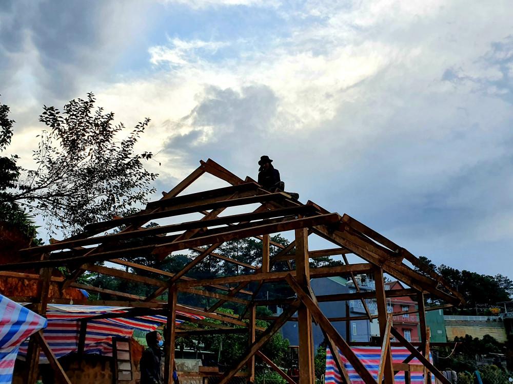 Chúng tôi tự tay dựng mái nhà mơ ước - Ảnh nhân vật cung cấp