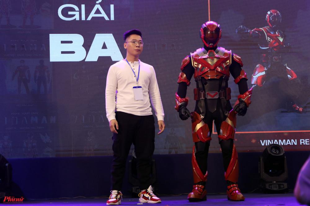 Đỗ Đức Mười và siêu anh hùng Việt đầu tiên trong tưởng tượng của anh.