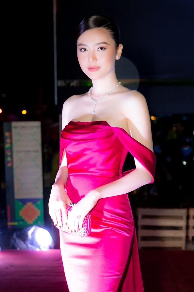 Ngọc Duyên - Phó BTC cuộc thi cũng là một trong những giám khảo đêm chung kết