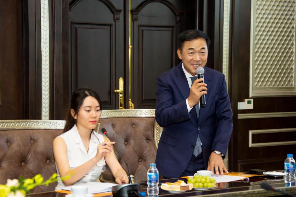 Ông You Kyung Nam - Chủ tịch Tập đoàn LIFTEC bày tỏ sự vui mừng khi hợp tác với SCG. Ảnh: SCG cung cấp