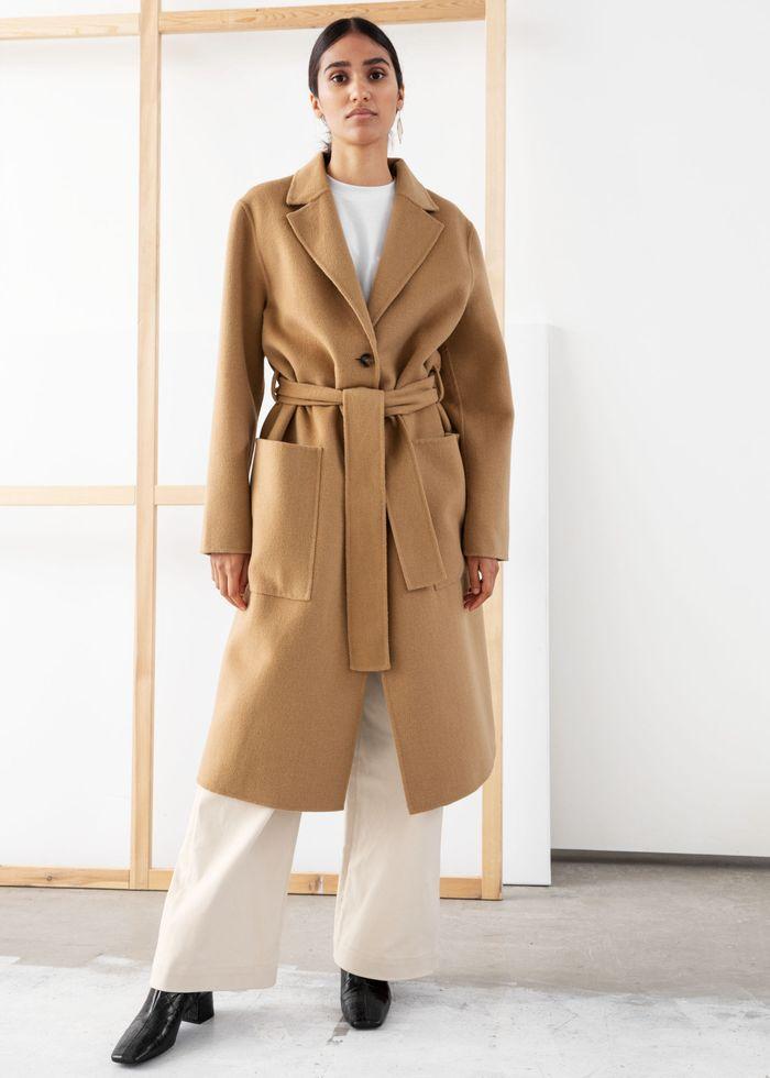 1. Quần ống suông + áo trench coat:
