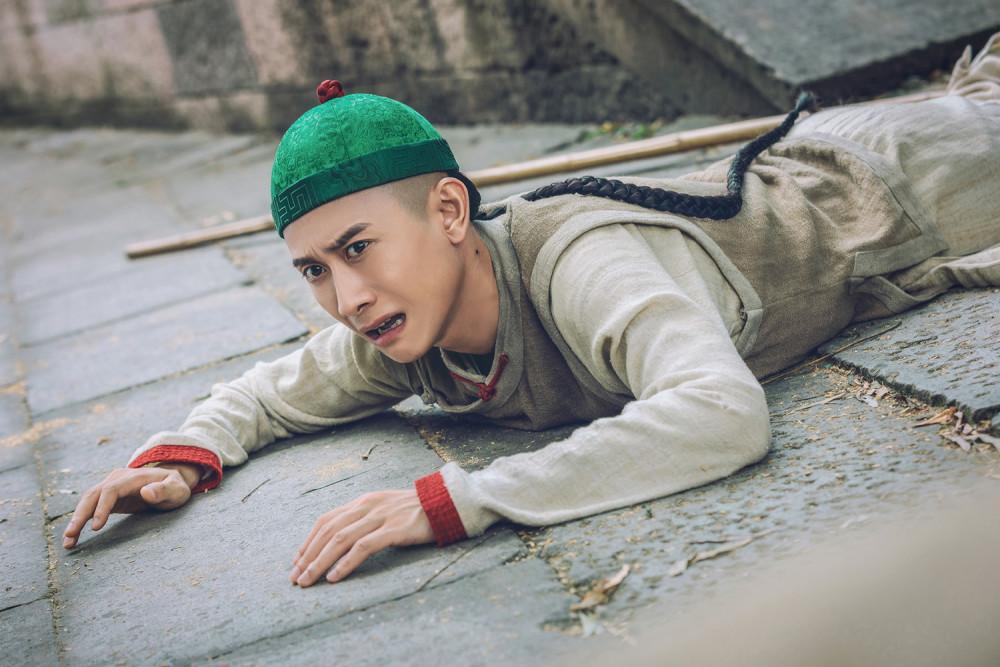Diễn xuất của Trương Nhất Sơn bị chê cường điệu, trông như khỉ