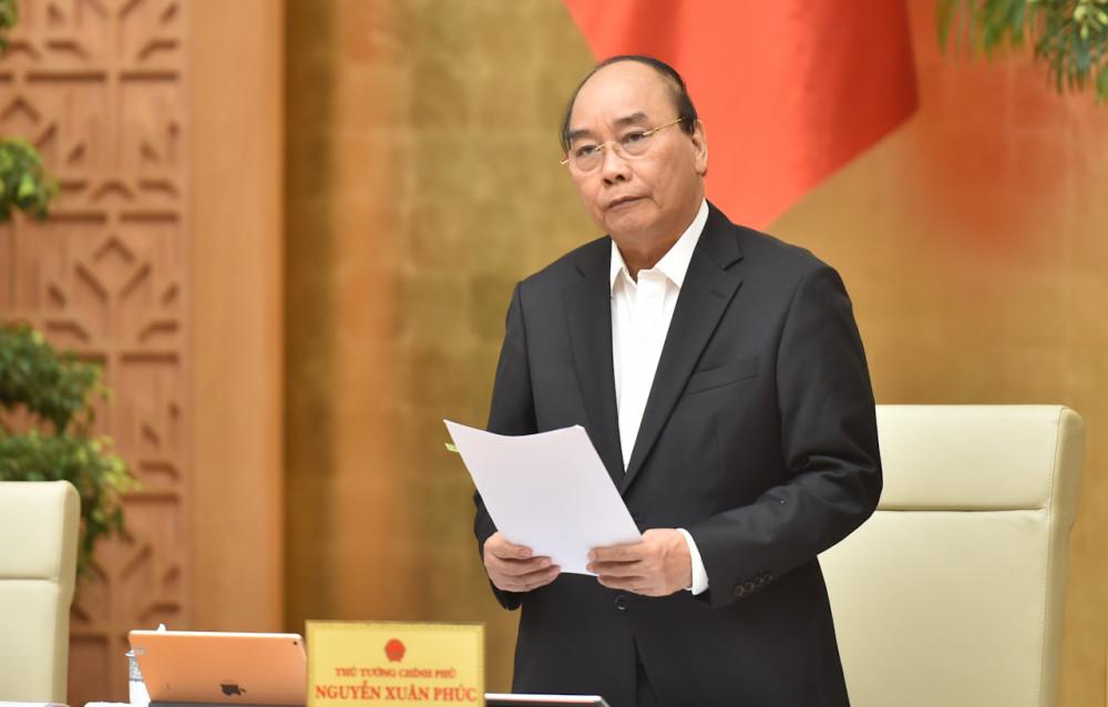 Thủ tướng Nguyễn Xuân Phúc phát biểu tại cuộc họp sáng 2/12