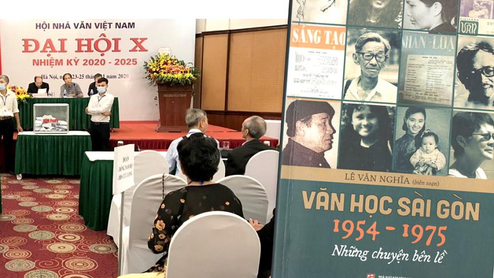 Đại hội Hội Nhà văn Việt Nam khóa X, nhiệm kỳ 2020 - 2025 và cuốn sách Văn học Sài Gòn 1954-1975 - Những chuyện bên lề của nhà văn, nhà báo Lê Văn Nghĩa