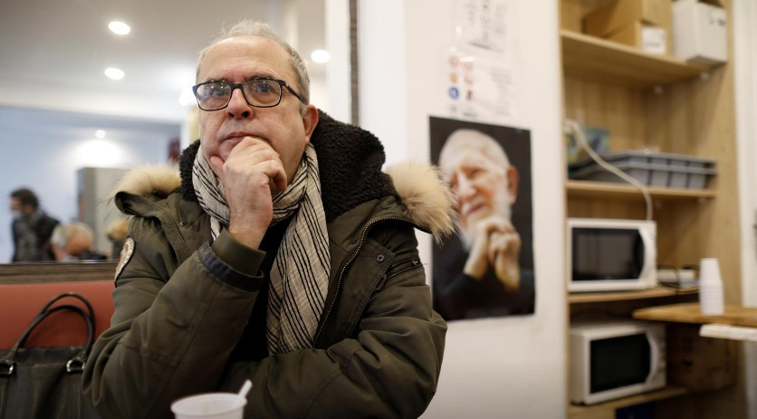Tổng giám đốc của Emmaus - Bruno Morel - cho biết, sáng kiến này nhằm giúp người vô gia cư phá vỡ vòng luẩn quẩn của cảnh màn trời chiếu đất.