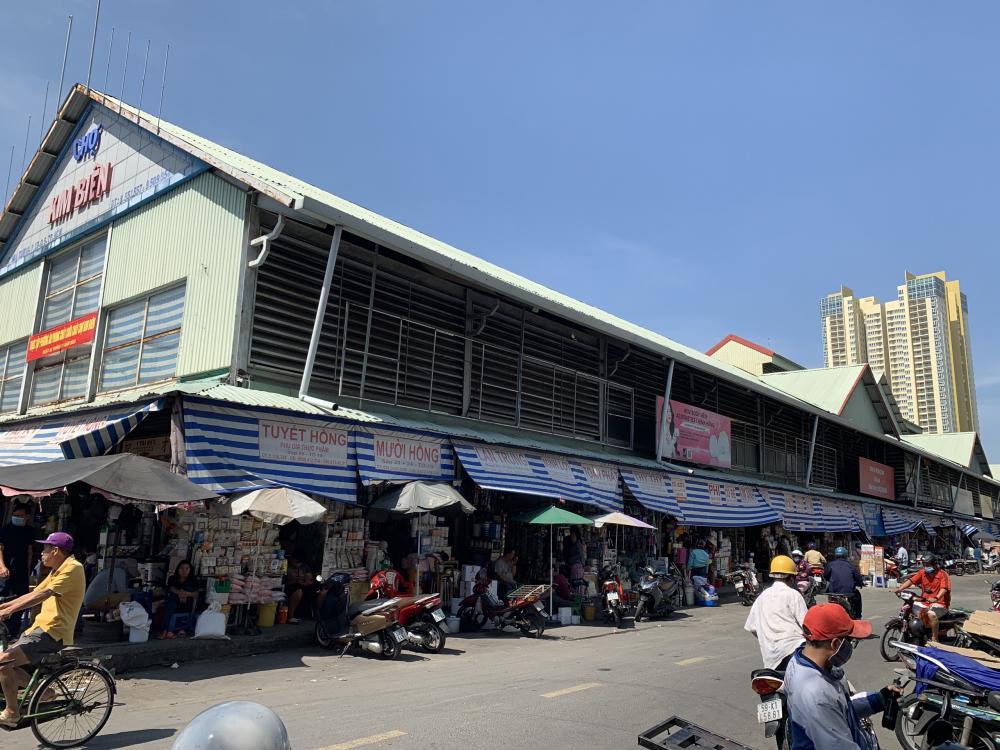 Trưởng ban quản lý chợ Kim Biên bị đâm chết - Báo Phụ Nữ