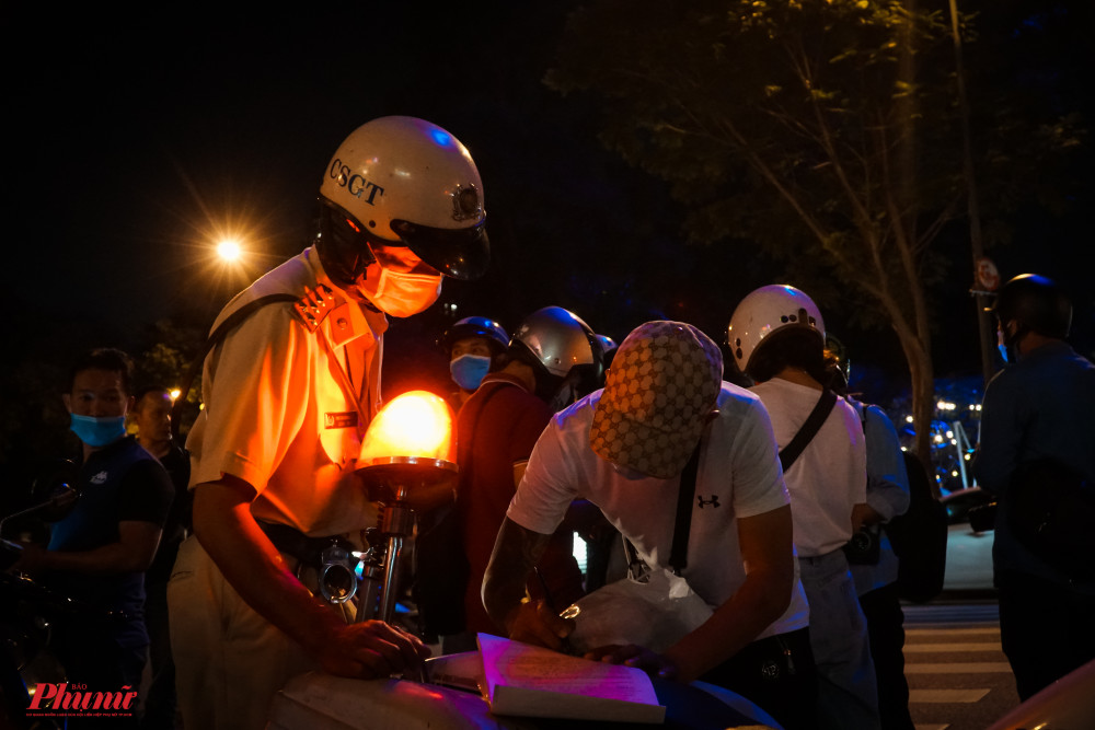 Lực lượng đã tiến hành kiểm tra, xử phạt các lõi trên theo quy định của pháp luật