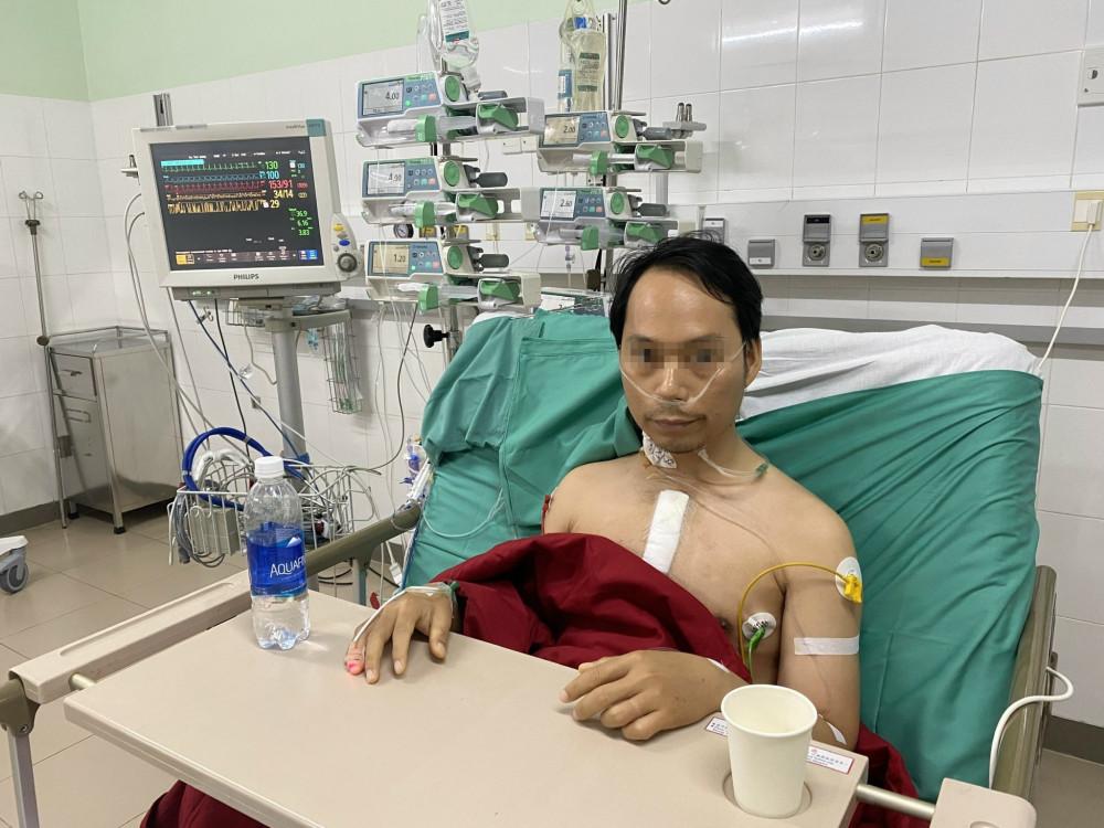 Sau hơn hai ngày được ghép tim, bệnh nhân Trần Quang H. đã tự thở, các chỉ số huyết động và sinh hoá ổn định. Ảnh: Bệnh viện T.Ư Huế cung cấp