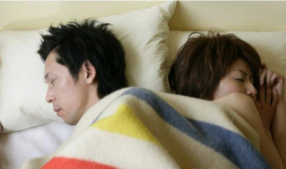 Có vẻ như sự quan tâm đến tình dục và chuyện tình yêu lãng mạn của những người trẻ tuổi ở Nhật Bản đang giảm dần - Ảnh: Getty Images
