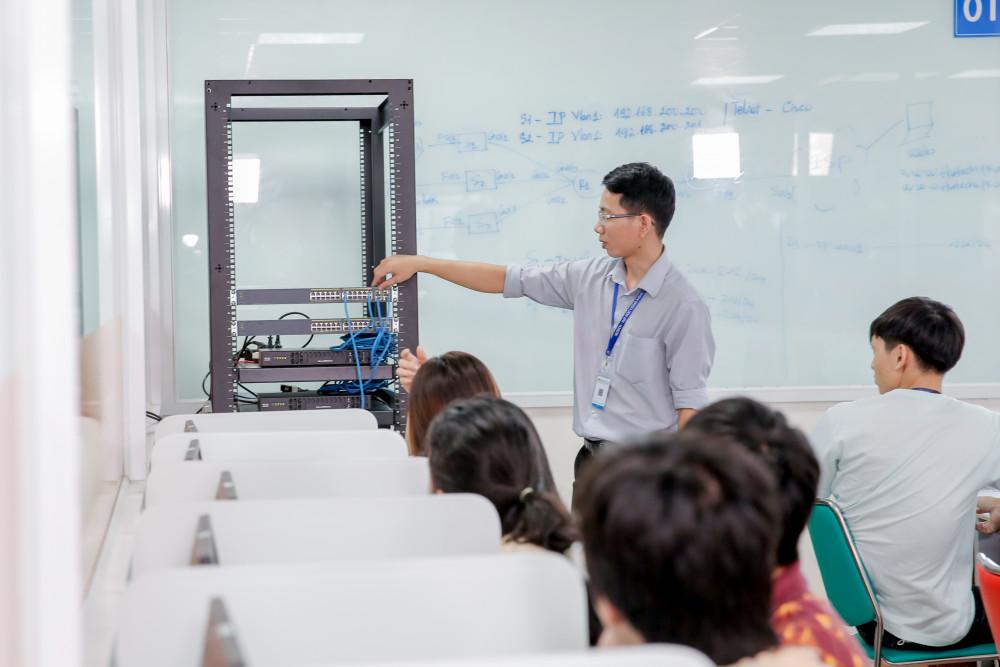 Sinh viên Trường ĐH Công nghệ TP.HCM
