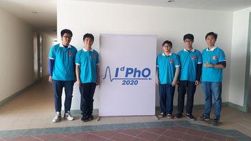 Học sinh tham dự Olympic Vật lý quốc tế