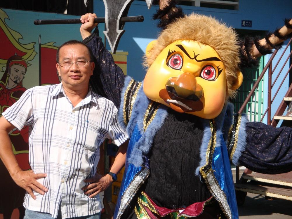 Ông bầu Huỳnh Anh Tuấn rất tâm huyết với hoạt động sân khấu XHH của thành phố