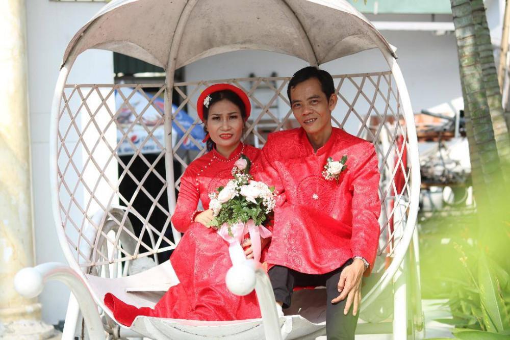 Cùng qua đổ vỡ, vợ chồng chị Bùi Thị Mỹ Hạnh càng trân trọng hơn hạnh phúc đang có