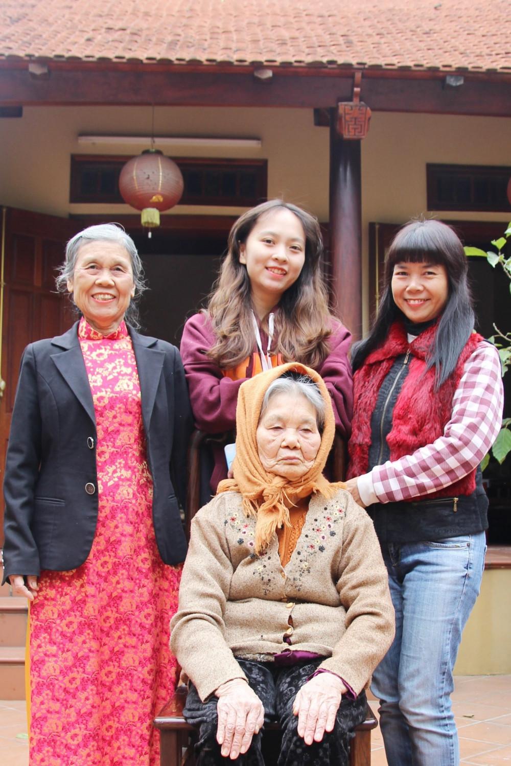 Bốn đời Trưởng Nữ