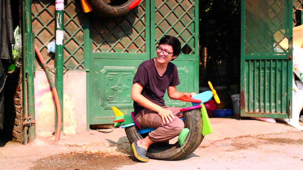 Đồng sáng lập TPG Nguyễn Tiêu Quốc Đạt, đã cùng kiến trúc sư Chu Kim Đức và các cộng sự thực hiện gần 200 sân chơi miễn phí cho trẻ