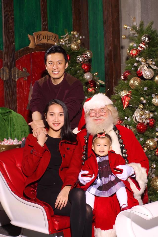 Hình ảnh Giáng sinh hạnh phúc của gia đình Lam Trường