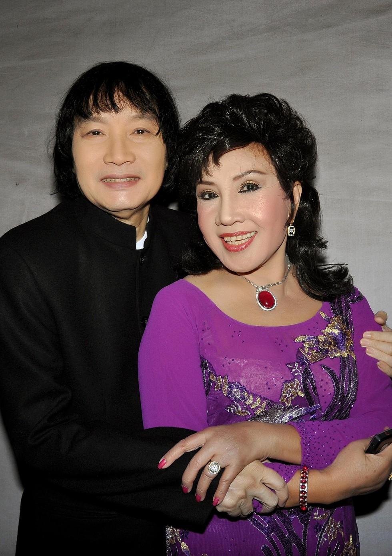 NSND Lệ Thuỷ và NSND Minh Vương từng có thời gian gắn bó với nghệ sĩ Hề Sa tại đoàn Kim Chung