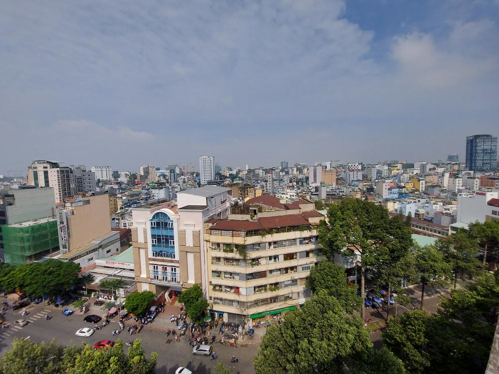 Với sự phát triển quá nhanh, TPHCM phải điều chỉnh quy hoạch chung hướng tới đô thị phát triển bền vững.