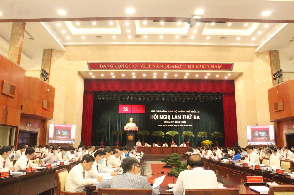 Hội nghị lần thứ ba Ban Chấp hành Đảng bộ TPHCM khóa XI