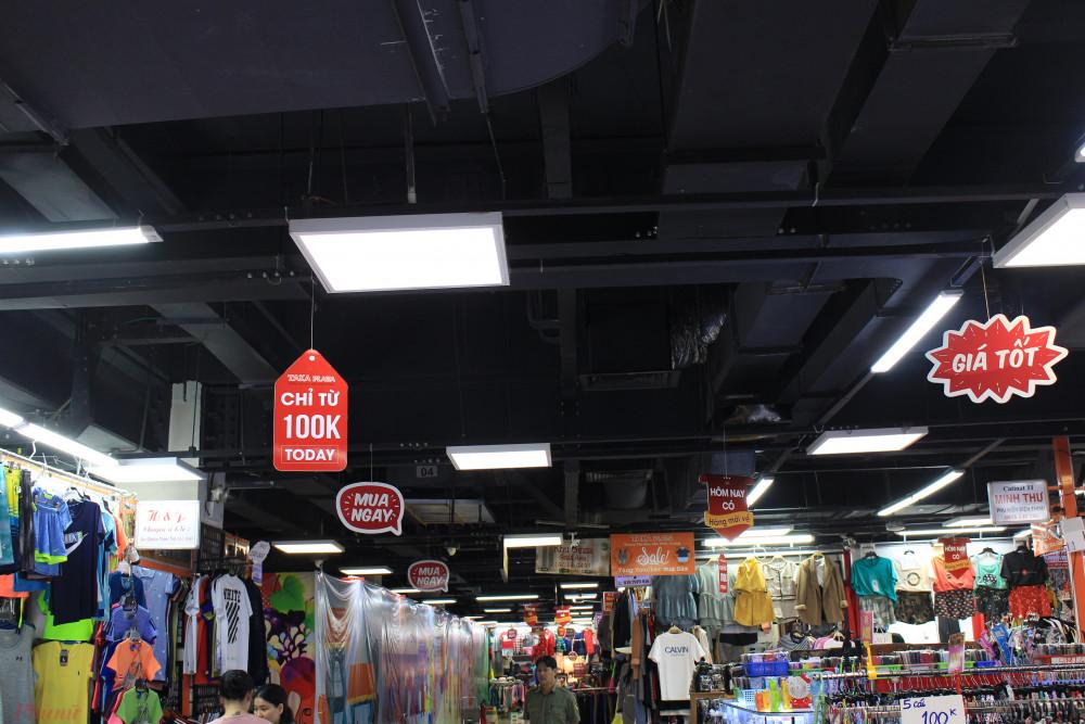 Một không gian ngầm phục vụ cho thương mại của trung tâm mua sắm dưới lòng đất. (Ảnh: Lâm Ngọc)