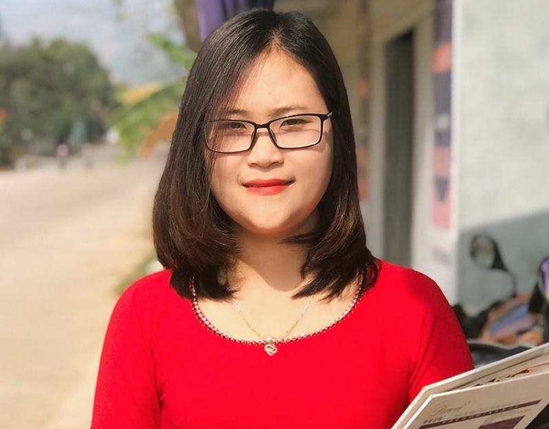 Cô giáo 9x Hà Ánh Phượng