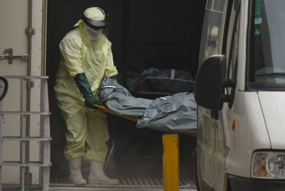Số người tử vong vì COVID-19 tăng cao đột biến tại các quốc gia châu Âu trong những ngày đầu năm 2021.