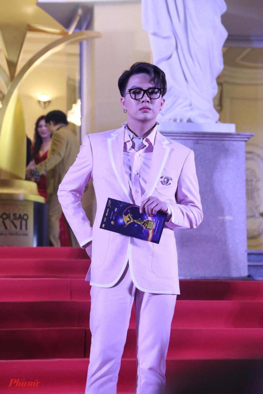 Diễn viên Duy Khánh