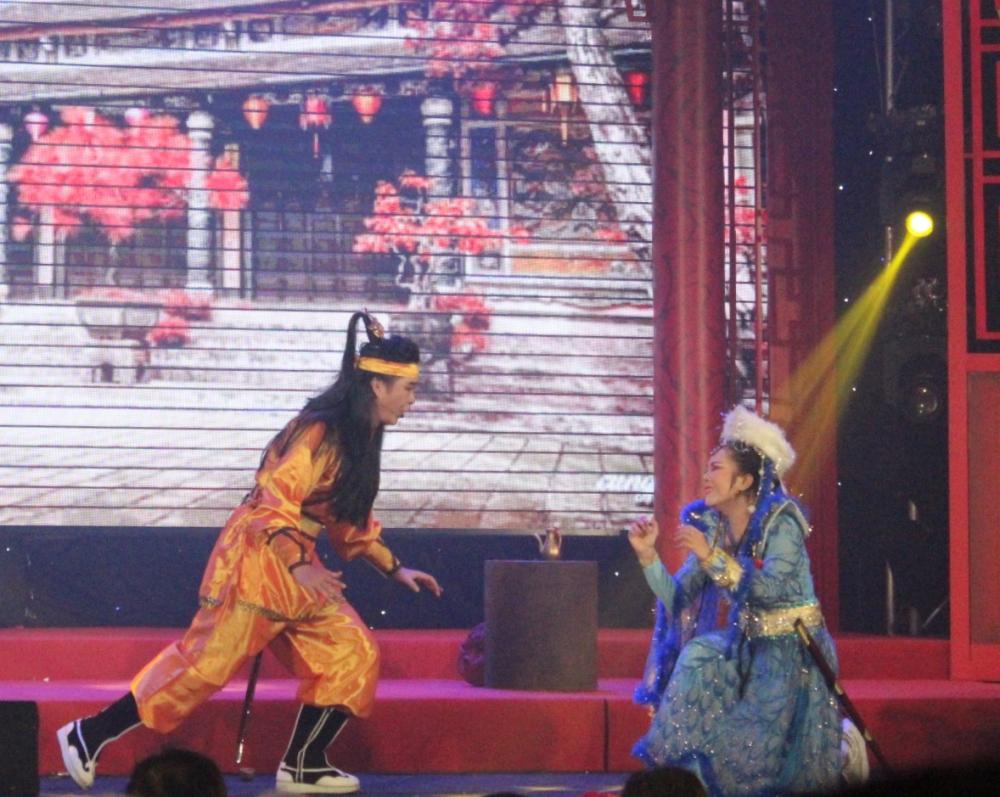Nguyễn Phan Minh Nguyệt là thí sinh được yêu thích nhất, chia sẻ cô chọn vai Hồ Bảo Xuyên vì đây là vai diễn cha cô rất yêu thích, mong muốn làm cha vui, dù bản thân không biết diễn và khi mặc đồ cổ trang lại càng thiếu tự tin.
