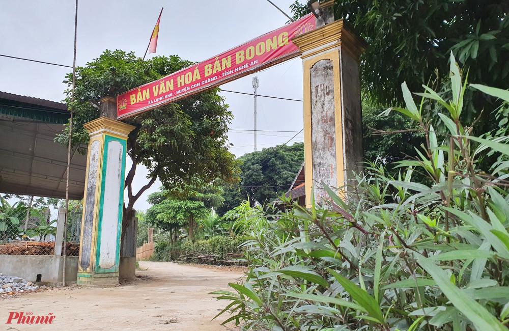 Những tuyến đường làng sạch sẽ ở bản Boong